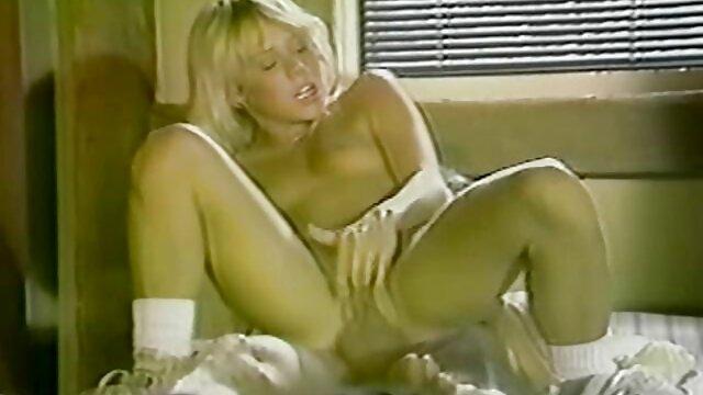 tetas caídas peluda madura a ella le encanta la hentai xxx audio latino polla negra