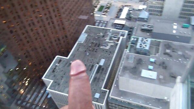 Mofos - Public videos de sexo latino Pick Ups - Quick Buck for a Fuck protagonizada por Te