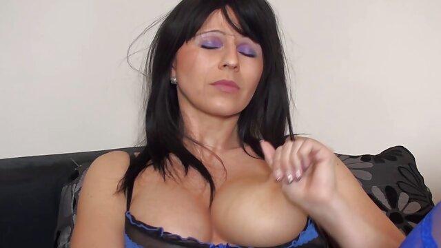 Usando la boca de la esposa videos de sexo español latino
